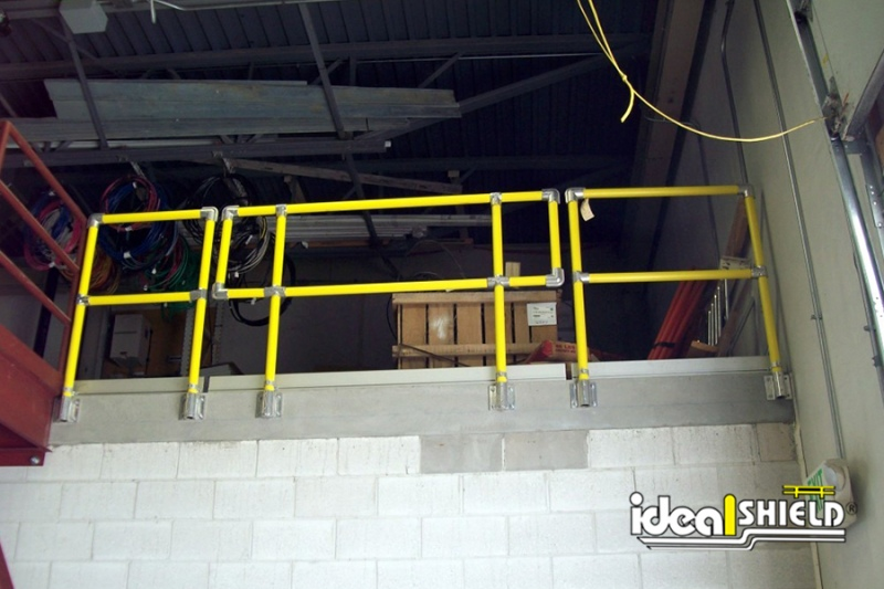 Ideal Shield's Steel Pipe & Plastic Handrail for Fall Protection with Side Mounts