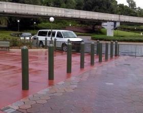 bollard_cover_green_amusement_park_Disney