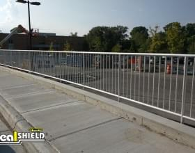 Aluminum Handrail Parking Lot And Sidewalk Divider