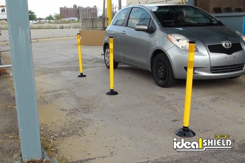 Row Of Delineator Posts