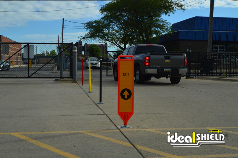 Ideal Shield's Flexible Delineator Paddle with Entrance signage