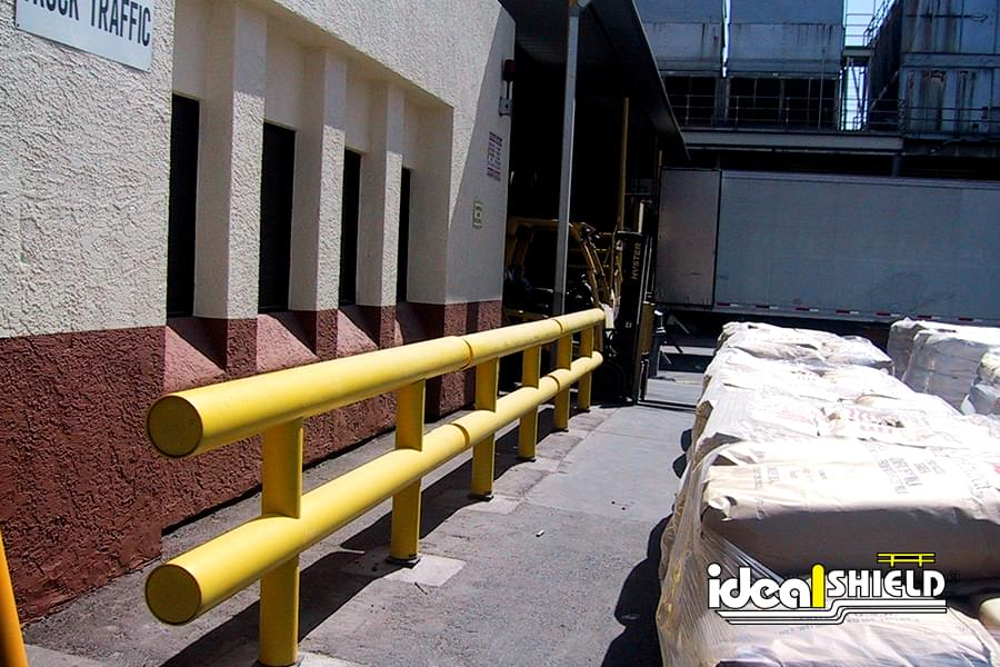 Heavy Duty Guardrail Exterior Application