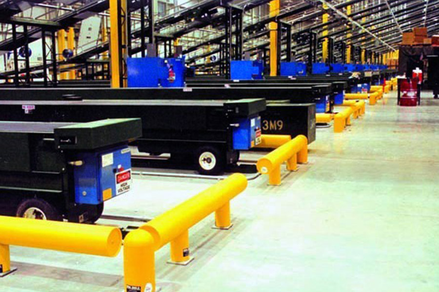 Ideal Shield's One-Line Heavy-Duty Warehouse Guardrail