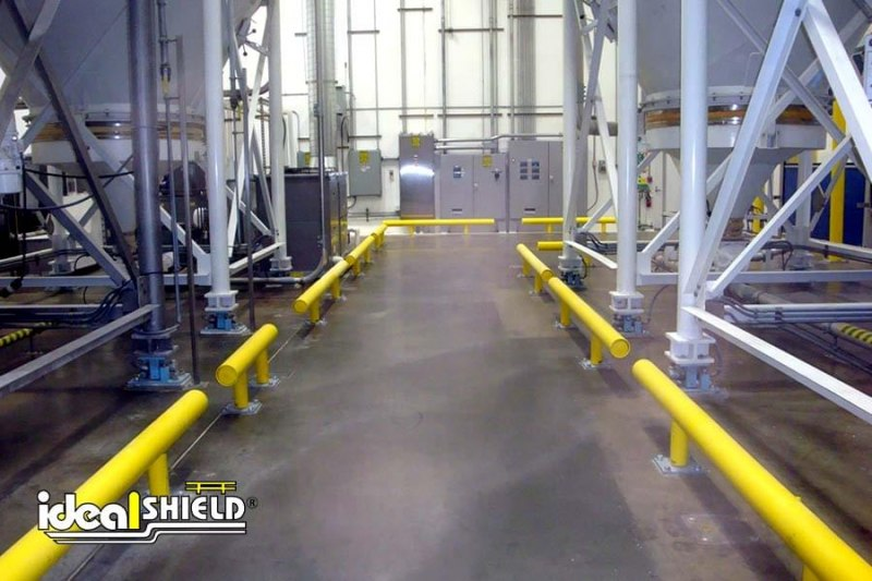 Ideal Shield's One Line Warehouse Guardrail as Pathway Guide for forklifts