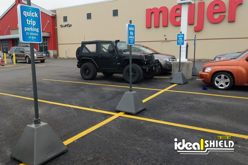 Ideal Shield's Meijer Curbside Pickup Sign Base