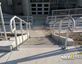 Aluminum Handrail Retail Hospital Stairs and Ramp
