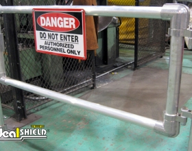 Steel Pipe & Handrail Gate
