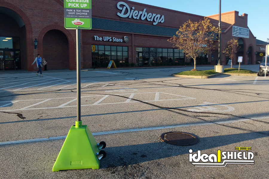 Ideal Shield's Pyramid Sign Bases in custom Lime Green for Dierberg's Curbside Pickup Services